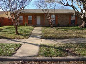 Photo of 512 White Oak Street, Allen, TX 75002 (MLS # 13730673)