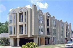 Photo of 2002 N Fitzhugh Avenue #10, Dallas, TX 75204 (MLS # 13713884)