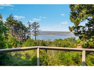 Photo of 29972 RIVERVIEW DR, Gold Beach, OR 97444 (MLS # 17005188)