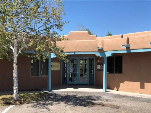 Photo of 4 N CHAMISA, Santa Fe, NM 87508 (MLS # 201704096)