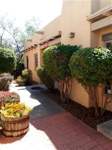 Photo of 228 S St. Francis Drive, Santa Fe, NM 87501 (MLS # 201702563)