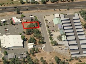 Photo of 11110 Rhyolite Dr, Redding, CA 96003 (MLS # 17-5729)