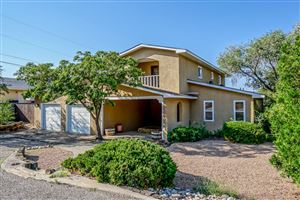 Photo of 14400 Oakwood Place NE, Albuquerque, NM 87123 (MLS # 900966)