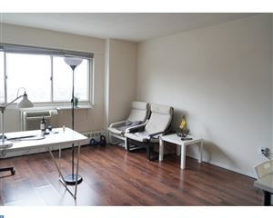 Photo of 2101-17 CHESTNUT ST #1711, PHILADELPHIA, PA 19103 (MLS # 7072383)