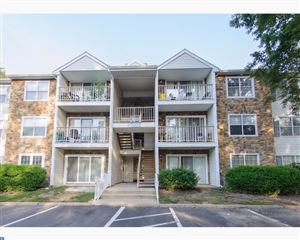 Photo of 20 MULBERRY CT, HAMILTON, NJ 08619 (MLS # 7040553)