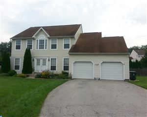 Photo of 2 ELIZABETH CT, DOWNINGTOWN, PA 19335 (MLS # 7035912)