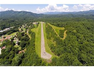 Photo of 67 Lakeview Drive, Bryson City, NC 28713 (MLS # 3302313)