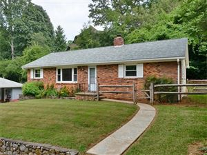 Photo of 3 Spring Park Road, Asheville, NC 28805 (MLS # 3304532)