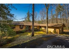Photo of 87 Cardinal Drive, Lake Toxaway, NC 28747 (MLS # NCM528614)