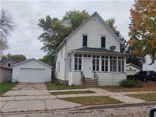 Photo of 5657 N GREEN BAY AVE, MILWAUKEE, WI 53209 (MLS # 1559005)
