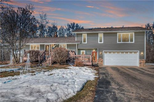 Photo of 130 W BELLE AVE, WHITEFISH BAY, WI 53217 (MLS # 1551030)