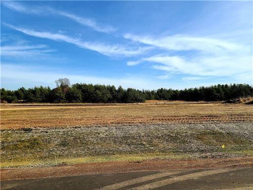 Photo of W349S8047 N Whitetail Dr, EAGLE, WI 53119 (MLS # 1549039)