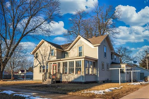 Photo of 903 STATION ST, WATERTOWN, WI 53094 (MLS # 1551045)