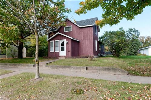 Photo of 2427 S 5TH PL, MILWAUKEE, WI 53207 (MLS # 1559046)