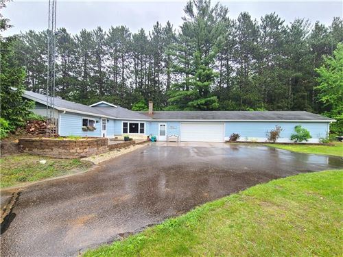 Photo of 160 MAPLE AVE S #2, SLINGER, WI 53086 (MLS # 1554048)