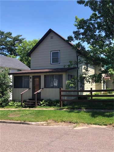 Photo of W322N6831 WILDWOOD POINT RD, HARTLAND, WI 53029 (MLS # 1555063)