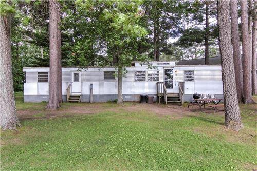 Photo of 550 TERRACE DR, ELM GROVE, WI 53122 (MLS # 1545074)