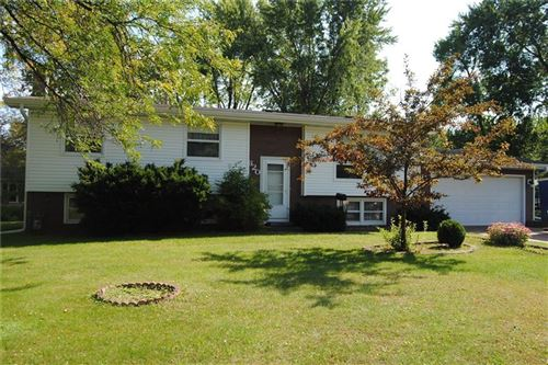 Photo of 1414 S Indiana Ave, WEST BEND, WI 53095 (MLS # 1536078)