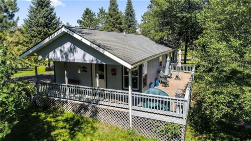 Photo of 420 W Mequon Rd, MEQUON, WI 53092 (MLS # 1535085)