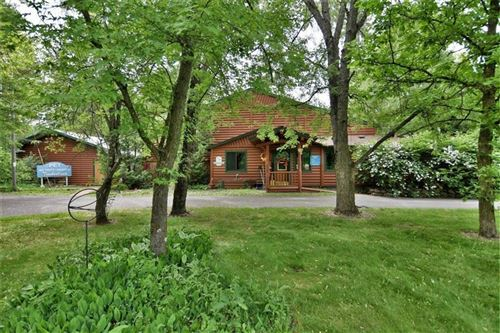 Photo of 515 Lakeview Dr, WALWORTH, WI 53184 (MLS # 1537099)