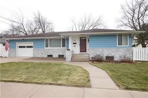 Photo of 12946 N Colony DR, MEQUON, WI 53097 (MLS # 1549102)