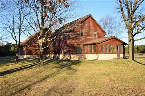 Photo of 300 S ROSEDALE DR, BROOKFIELD, WI 53005 (MLS # 1549121)