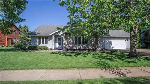 Photo of 452 PRAIRIE AVE, FOND DU LAC, WI 54935 (MLS # 1554123)