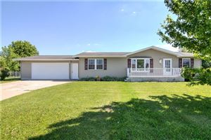 Photo of N4936 Sinissippi Point Rd, JUNEAU, WI 53039 (MLS # 1532140)