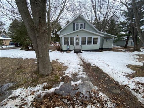Photo of 10704 N Torrey Dr, MEQUON, WI 53092 (MLS # 1540178)