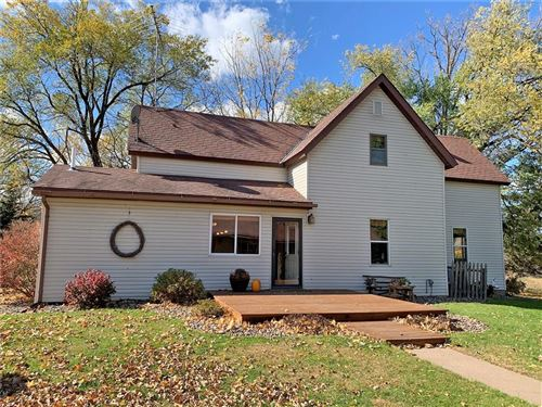 Photo of 903 S 3rd St, WATERTOWN, WI 53094 (MLS # 1548203)