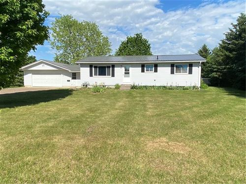 Photo of 15905 SKY CLIFF DR, BROOKFIELD, WI 53005 (MLS # 1554203)