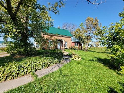 Photo of 753 S INDIANA AVE, WEST BEND, WI 53095 (MLS # 1558207)