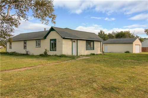 Photo of S66W13772 Saroyan Rd, MUSKEGO, WI 53150 (MLS # 1547223)