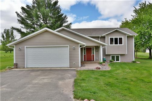 Photo of 615 FLORENCE DR, ELM GROVE, WI 53122 (MLS # 1554232)