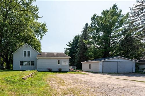Photo of N82W14692 OXFORD ST, MENOMONEE FALLS, WI 53051 (MLS # 1557242)