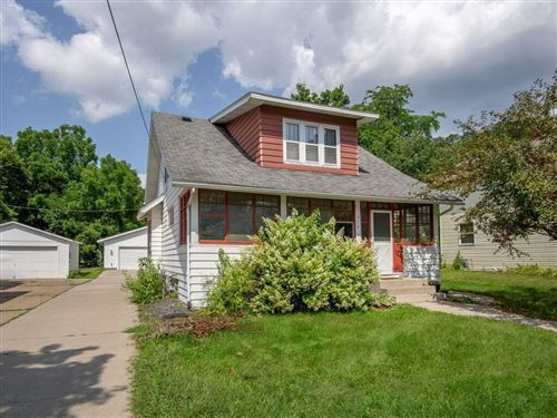 Photo of 629 S 105TH ST, WEST ALLIS, WI 53214 (MLS # 1557269)