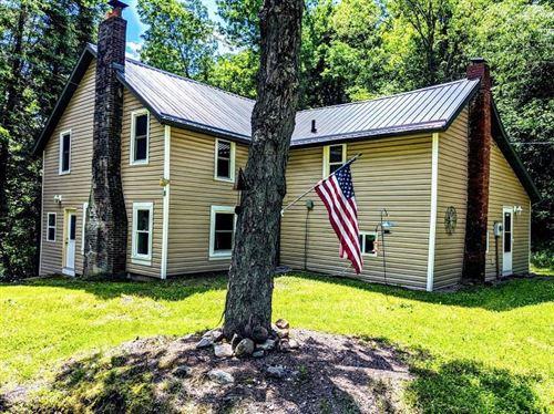 Photo of S110W36320 Burr Oak TrL, EAGLE, WI 53119 (MLS # 1543275)