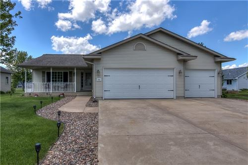 Photo of 305 E SPRING ST, ROCHESTER, WI 53167 (MLS # 1554275)
