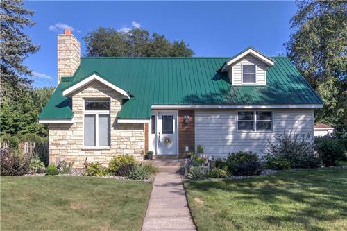 Photo of 3702 S 46TH ST, GREENFIELD, WI 53220 (MLS # 1557280)
