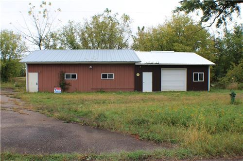 Photo of 829 Hickory Rd, TWIN LAKES, WI 53181 (MLS # 1537316)