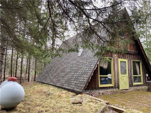 Photo of 3141 S GREEN BAY RD, MOUNT PLEASANT, WI 53403 (MLS # 1552324)