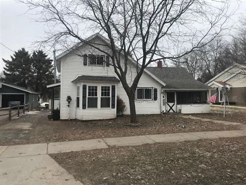 Photo of 4930 S 78th ST, GREENFIELD, WI 53220 (MLS # 1540338)
