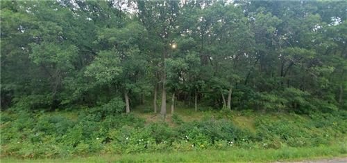 Photo of 4861 6 1/2 MILE RD, CALEDONIA, WI 53108 (MLS # 1556349)