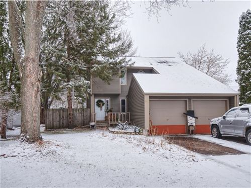 Photo of N169W20289 Chateau Dr, JACKSON, WI 53037 (MLS # 1549368)
