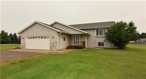 Photo of 3251 S 43RD ST, GREENFIELD, WI 53219 (MLS # 1556380)