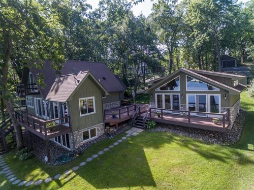 Photo of 1075 Quinlan Dr #D, PEWAUKEE, WI 53072 (MLS # 1535397)