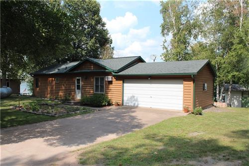 Photo of 3374 W KIMBERLY AVE, GREENFIELD, WI 53221 (MLS # 1557405)