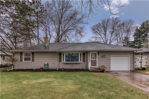 Photo of W265S8650 Rustic View Ln, MUKWONAGO, WI 53149 (MLS # 1541414)