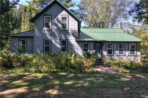 Photo of 5385 CASCADE DR, WEST BEND, WI 53095 (MLS # 1558422)