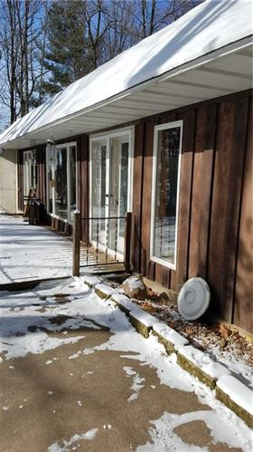Photo of 1528 N 12th Ave, WEST BEND, WI 53090 (MLS # 1550423)